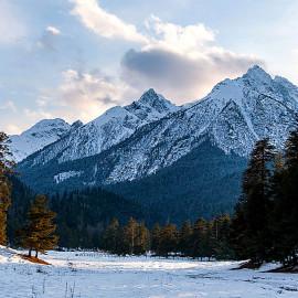 Корпоративный тур «Путешествие в снежный Архыз.»